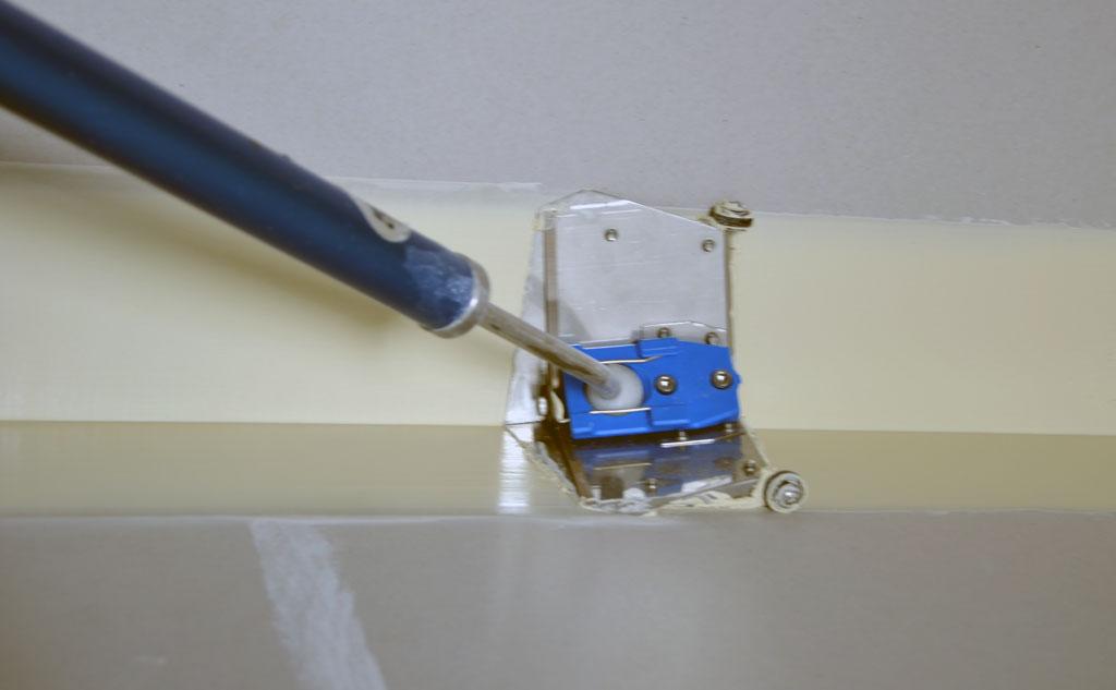Glider glazer in use